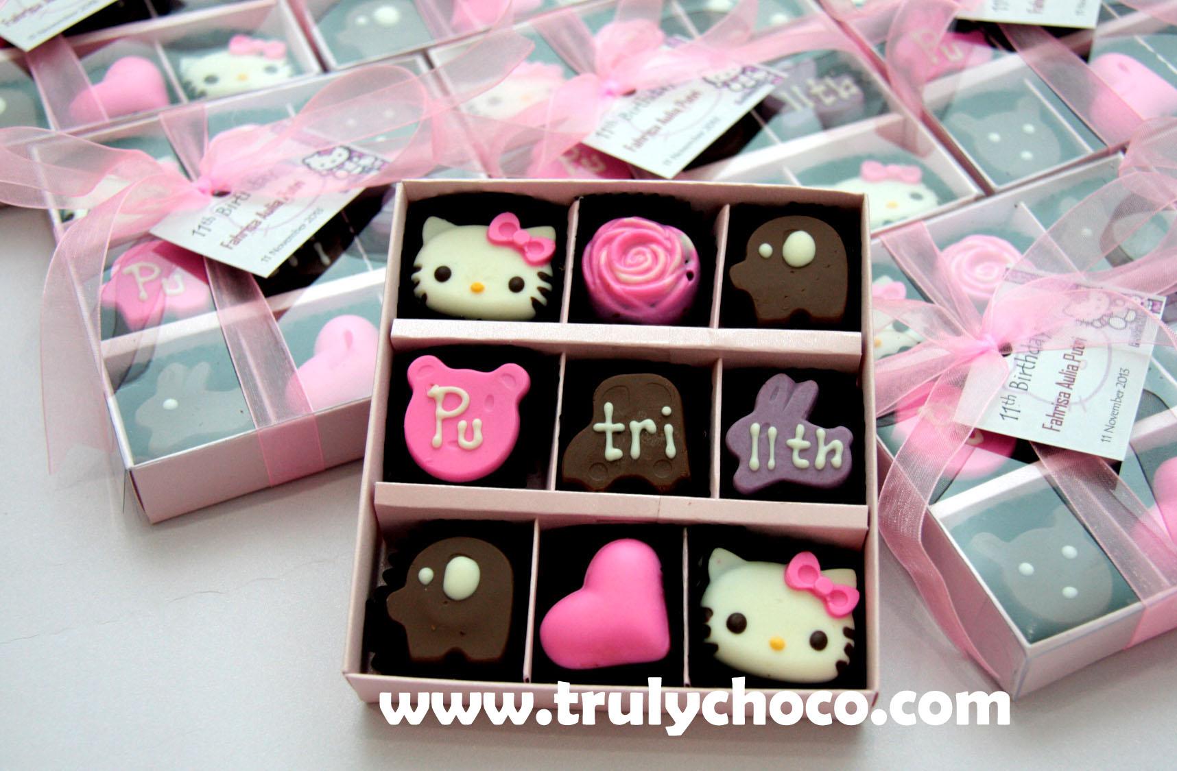 souvenir ultah coklat hello kitty