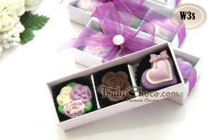 souvenir pernikahan warna ungu