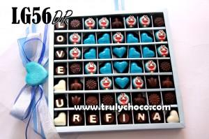 G&B LG56 Doraemon: Paket chocogift isi 56pcs dengan susunan coklat bentuk love dengan hiasan coklat doraemon dan choco bouquet(gift tutup mika: Rp. 255.000) ...